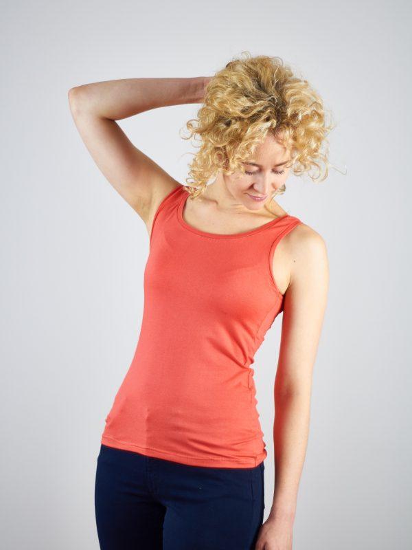 Top Tanita Rot – Freizeit und Sport-Shirt für jeden Kleiderschrank
