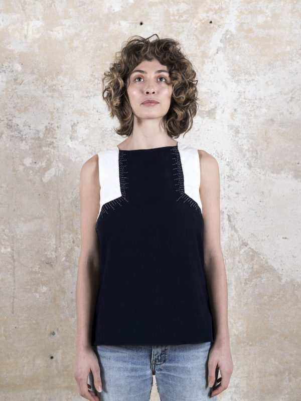 Jyoti-Fair-Works-Naturmode-Vegan-Sommer-Top-Tejal-Nachtblau-1